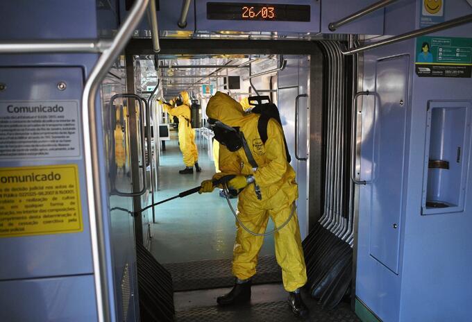Limpieza del metro de Río de Janeiro