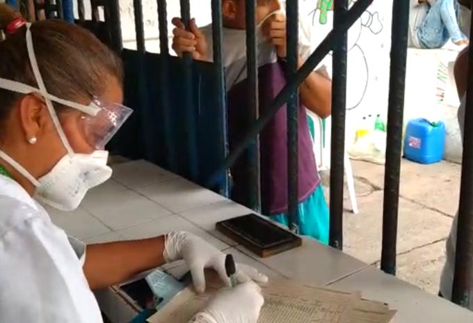 Instituto Nacional de Salud toma muestras masivas de COVID-19 en cárcel de Villavicencio