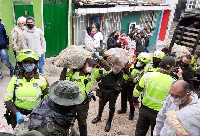 Entrega de mercados en Bogotá