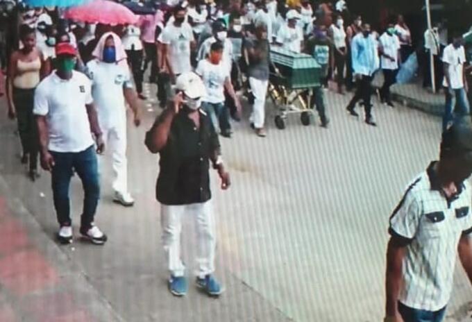 En Córdoba siguen violando la cuarentena.