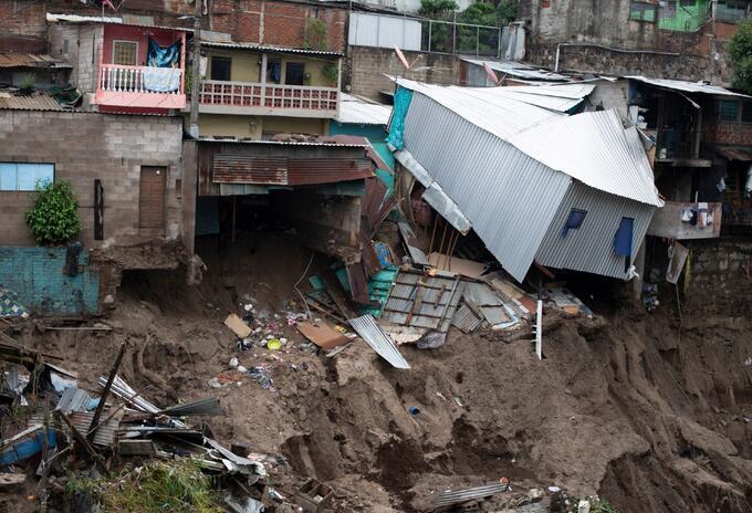 Tormenta tropical Amanda en El Salvador