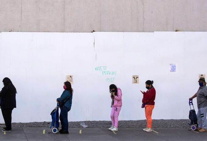 Coronavirus en Chile / ingreso a supermercados