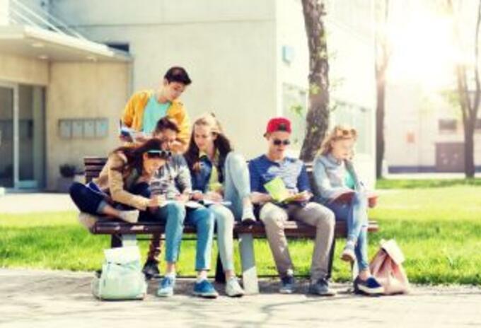 jóvenes. Imagen referencial