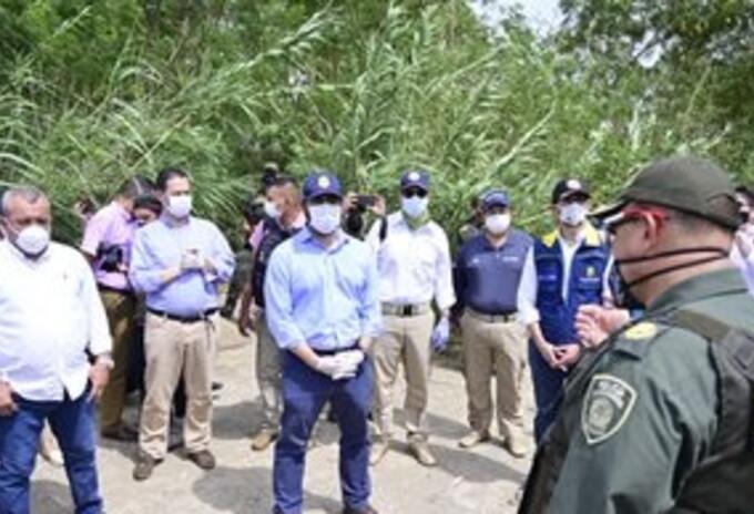 Comisión del Gobierno recorriendo la zona de frontera colombo-venezolana