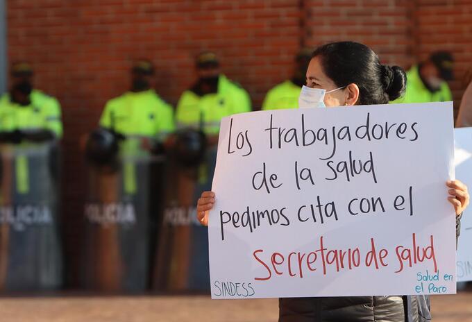 Protesta de profesionales de la salud / cuarentena en Colombia