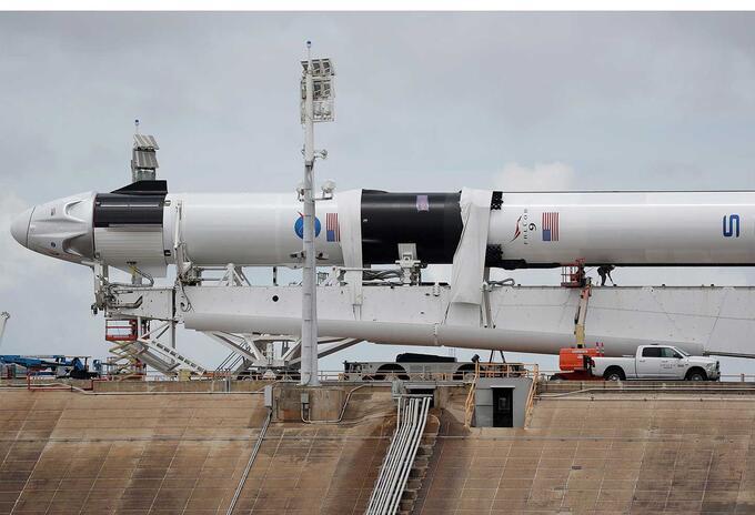 SpaceX impone nueva era en vuelos espaciales