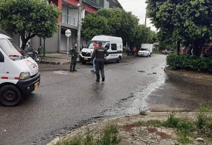 Policía, granada, atentado