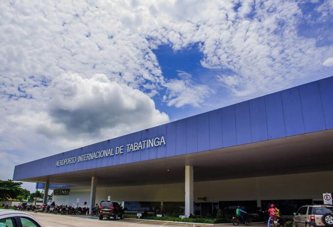 Tabatinga, Brasil limita con Leticia, Amazonas