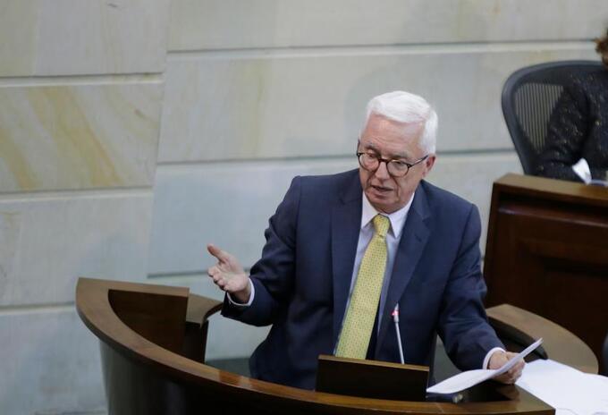 La oposición pide que Arturo Char no llegue a la presidencia del Senado