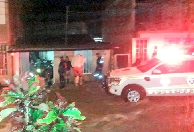 Las lluvias ocasionaron inundaciones en barrios y vías del municipio.
