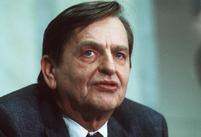 Exprimer ministro de Suecia, Olof Palme, asesinado en 1986