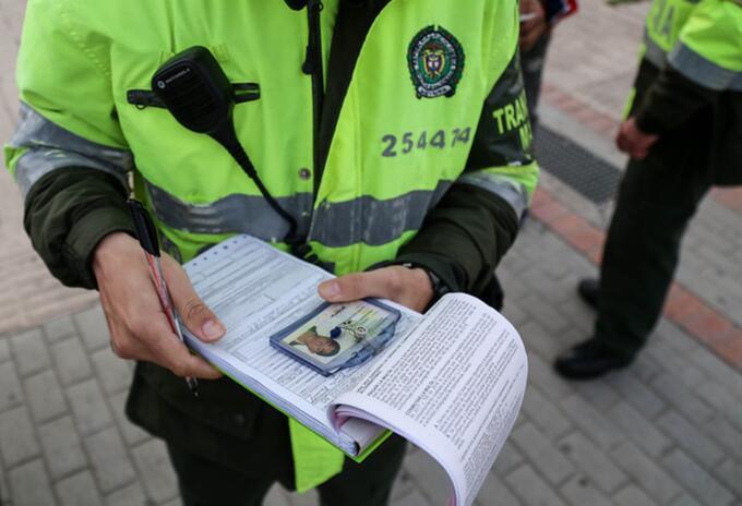 Policía referencia