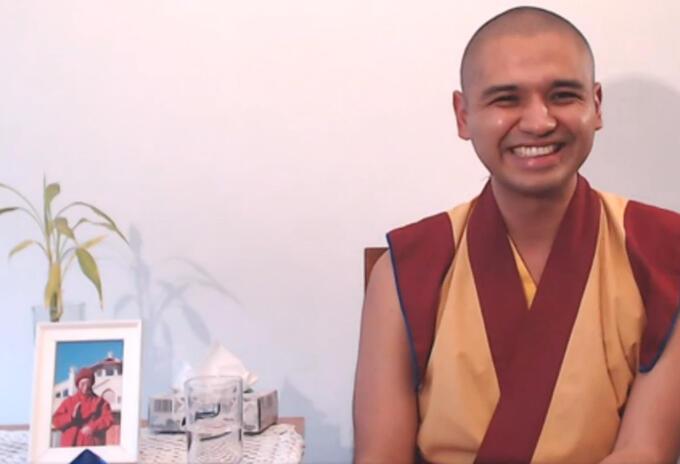 El monje budista Guen Kelsang Sangton propone la meditación