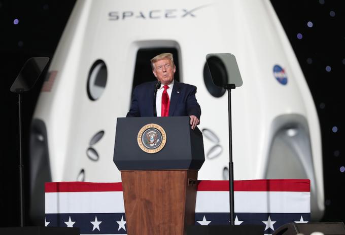 Trump en la misión de la NASA