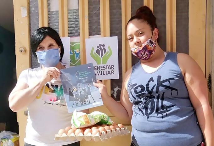 Entrega de canastas nutricionales en Bogotá