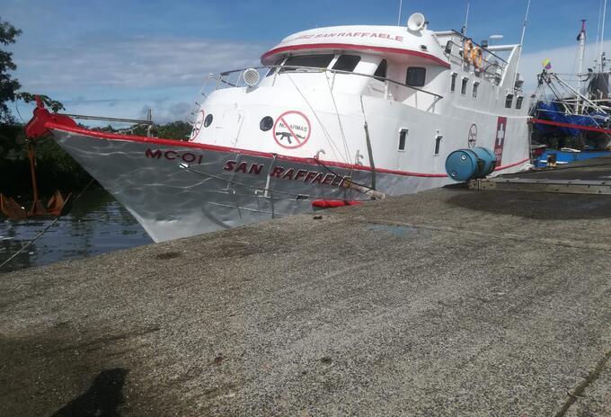 Hurtan barco hospital