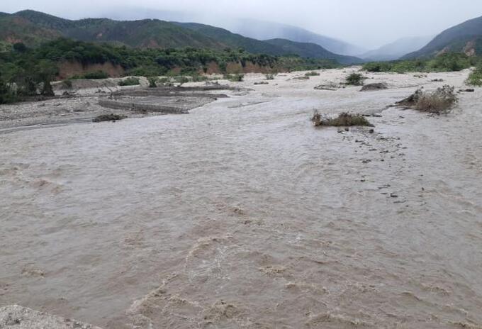 A las orillas de un rio fue encontrado el cuerpo