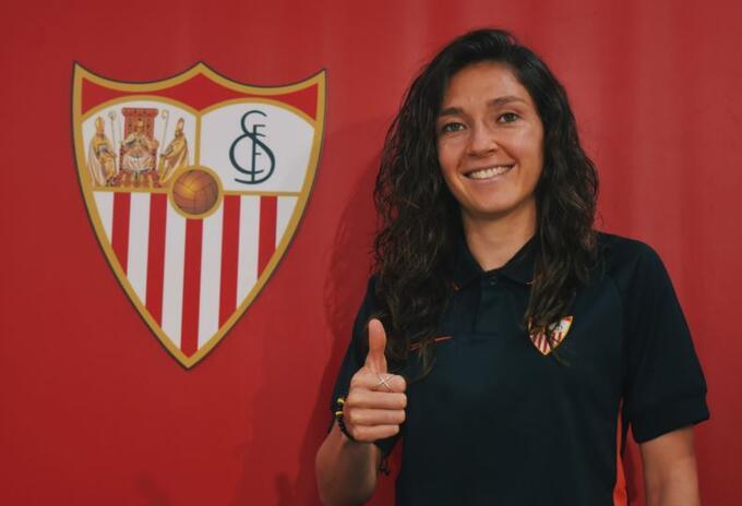 Natalia Gaitán- Sevilla España
