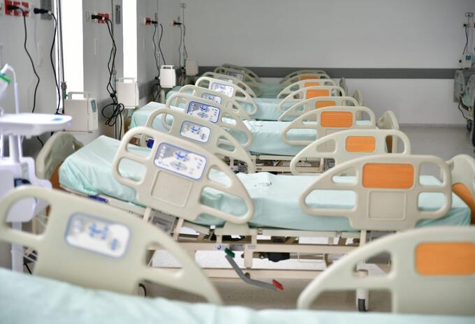 Desde esta semana entrará en funcionamiento con 14 camas de UCI y 6 cuartos de aislamiento para pacientes con el virus
