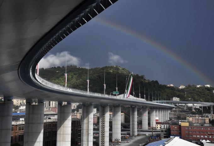 Nuevo puente de Génova en Italia
