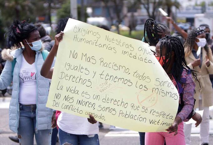 Protestas en la Fiscalía por masacres en Colombia