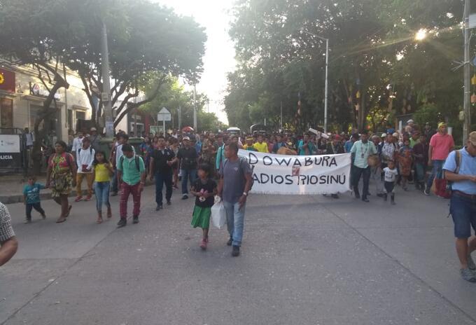 """""""Los indígenas embera-katíos que residen en las montañas del sur de Córdoba""""."""