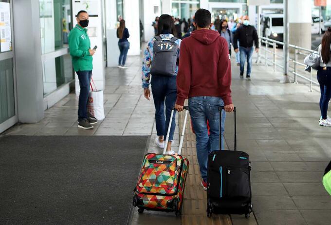 Controles en el Aeropuerto El Dorado