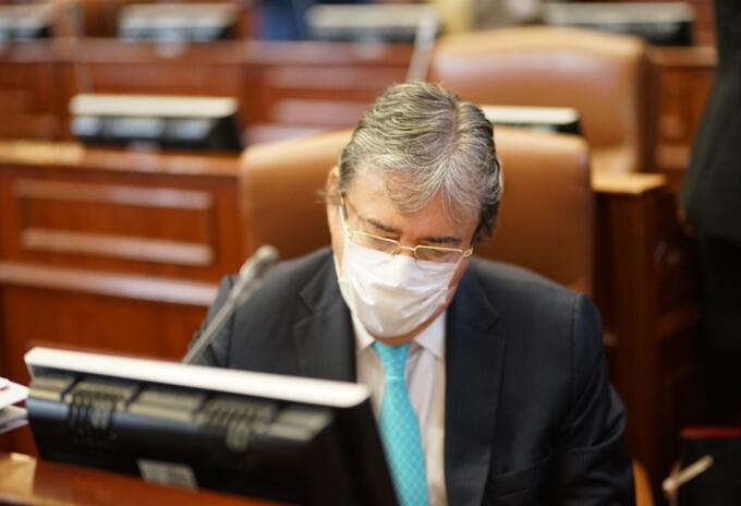 Debate de moción de censura a MinDefensa Carlos Holmes.