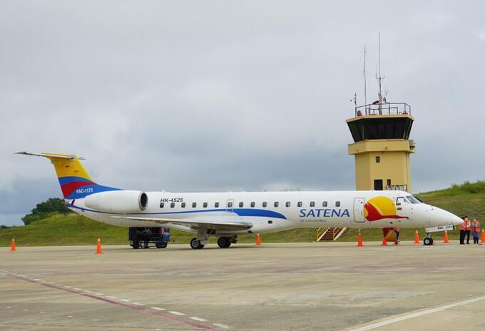 Luego de 188 días ,llego a Corozal-Sucre vuelo comercial de la aerolínea Satena..