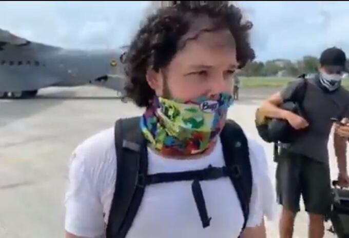 Mateo Posada, turista