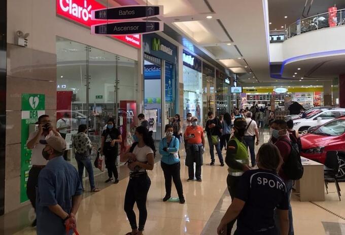 En octubre, un 24% de los comerciantes del país lograron incrementar su volumen de ventas y el 46% reportó disminución