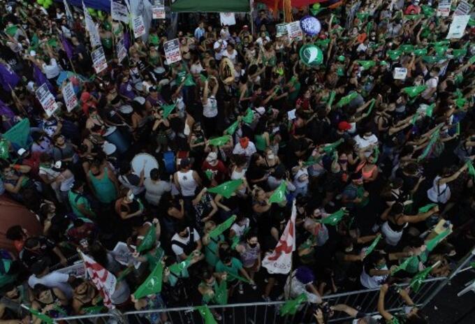 Colectivos a favor del aborto en Argentina.