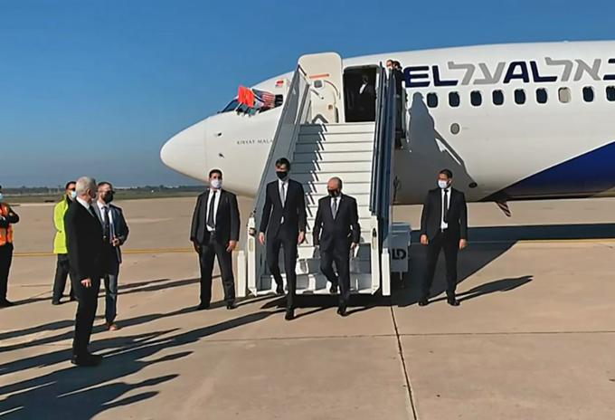 Primer vuelo entre Israel y Marruecos aterriza en Rabat