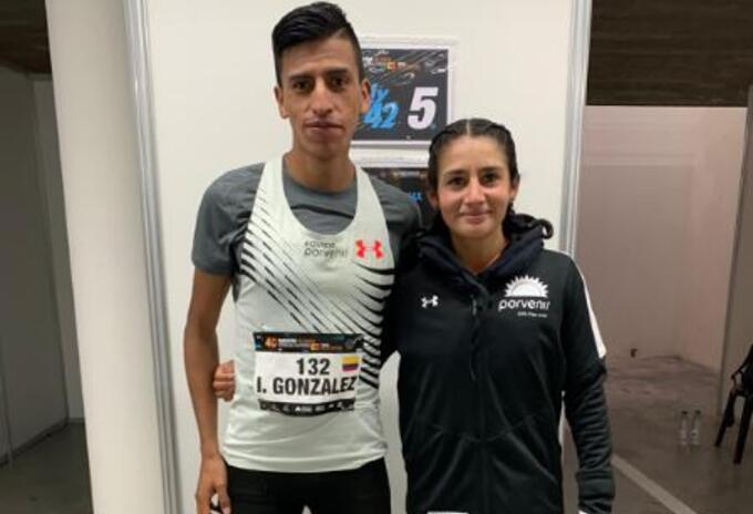 Atletas Iván González y Angie Orjuela