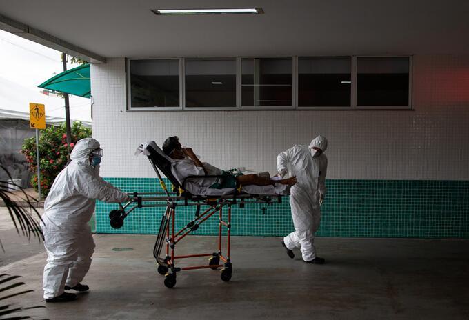 Atención de pacientes en Manaos, Brasil
