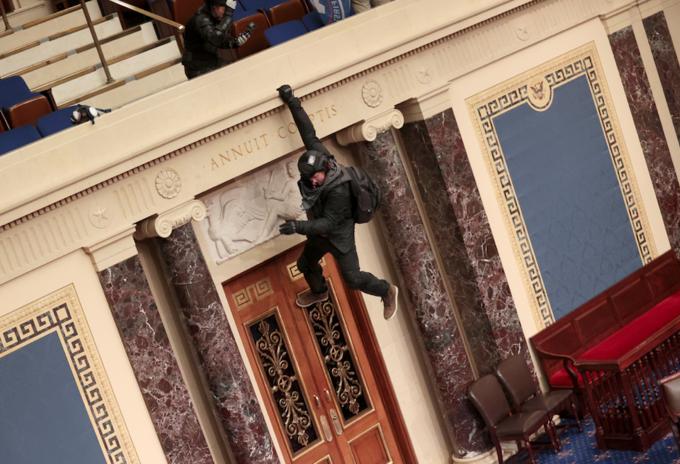Seguidores de Trump irrumpen en el Capitolio de EE.UU.