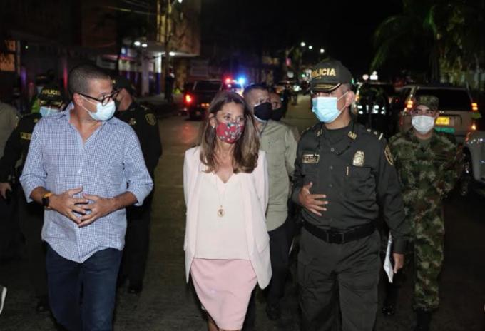 Aumentan recompensa por información de atentado en Barranquilla.