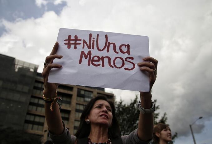 Protesta contra feminicidios en Bogotá