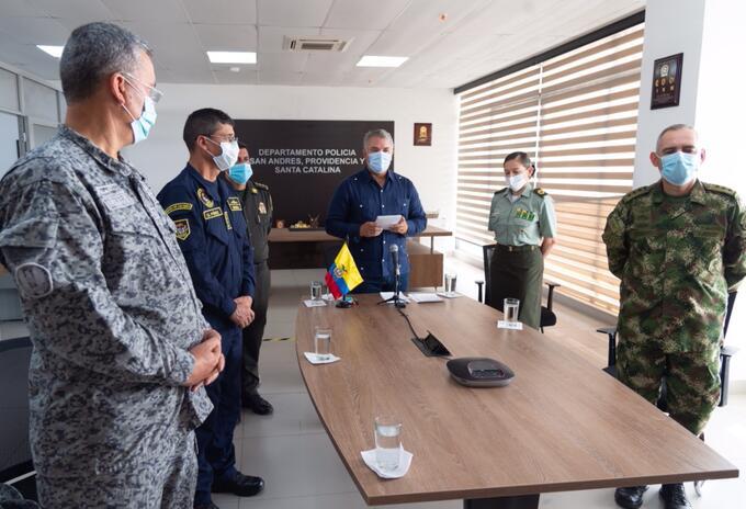 El presidente Iván Duque rindió homenaje a las víctimas del atentado en la Escuela General Santander