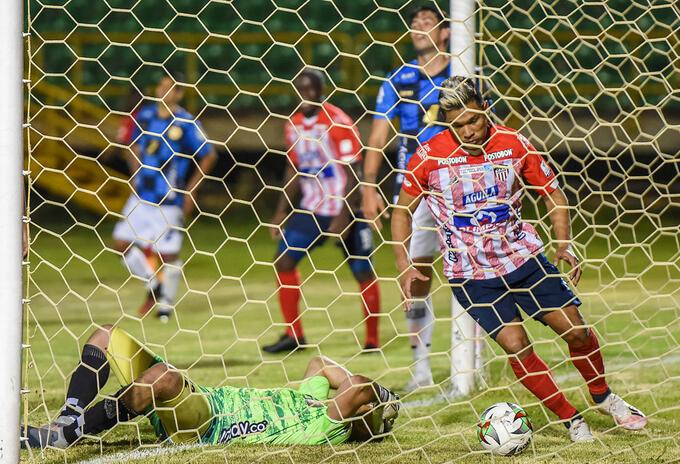 Junior vs. Chicó