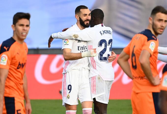 Karim Benzema marcó en partido Real Madrid vs Valencia