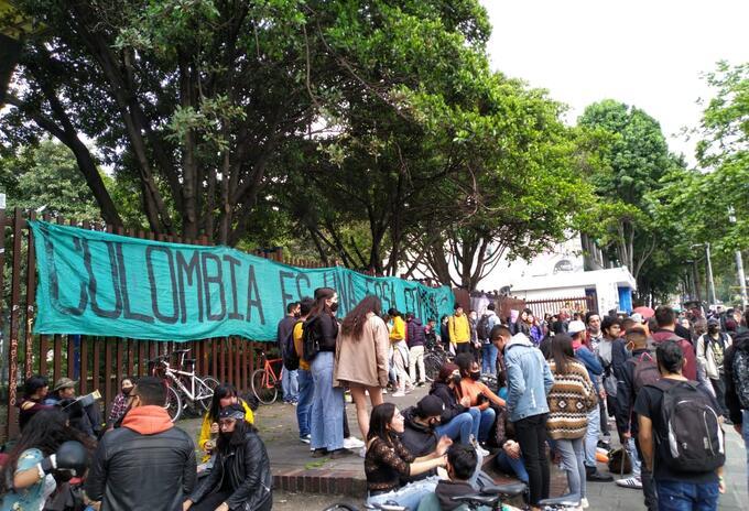 Manifestantes de la Universidad Pedagógica