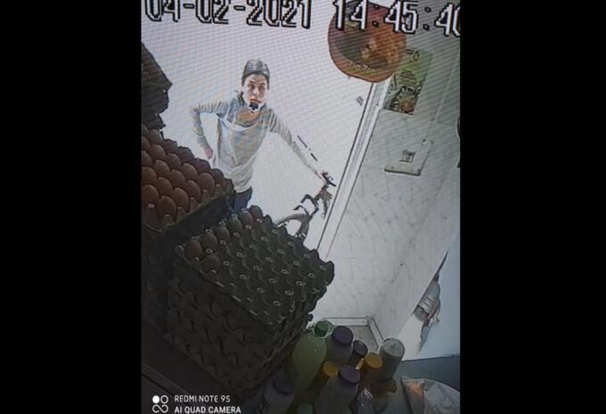 Vengativa mujer en Soacha se metió en negocio de huevos y los rompió todos