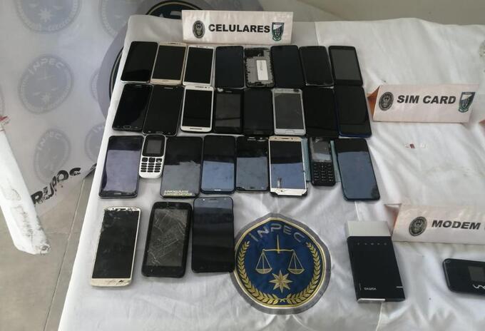Inpec encontró 26 celulares además de marihuana y cocaína en la cárcel La Picota de Bogotá
