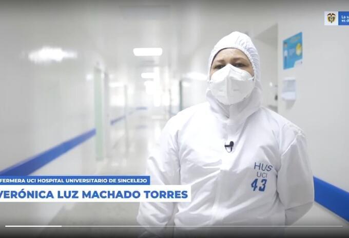 Verónica Machado, la primera persona en recibir la vacuna anticovid en Colombia