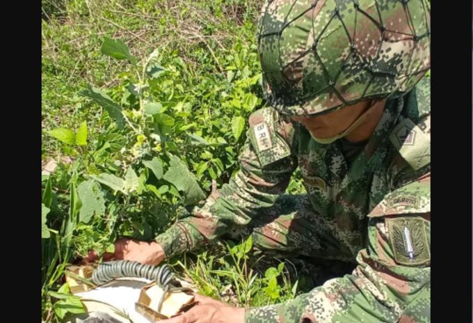 Desactivan artefactos explosivos en Arauca