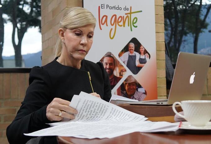 Dilian Francisca Toro presidente del partido de la U