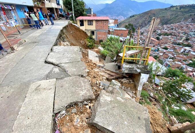 Referencia movimiento en masa en Medellín.