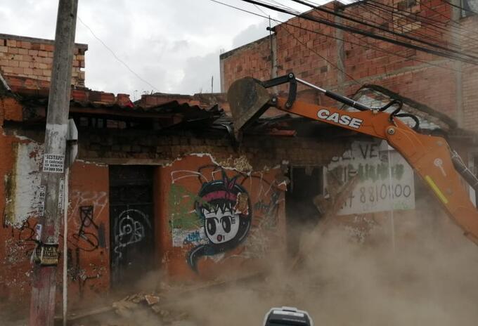 Demolición olla