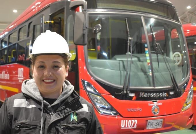 Yamile Zapata, Mecánica de buses de Transmilenio